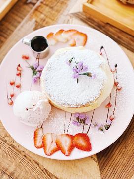 Café de Nicole's Flower