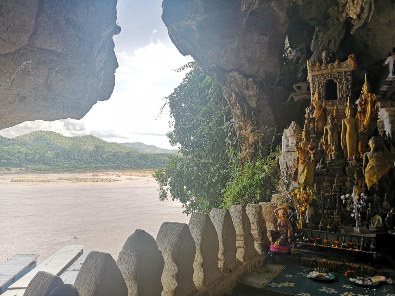 Laos pics from Momo_190724_0101