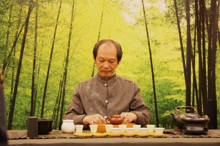 中華文化が色濃いシンガポールで伝統茶芸を習おう。茶の旨味を引き出す知識と技を