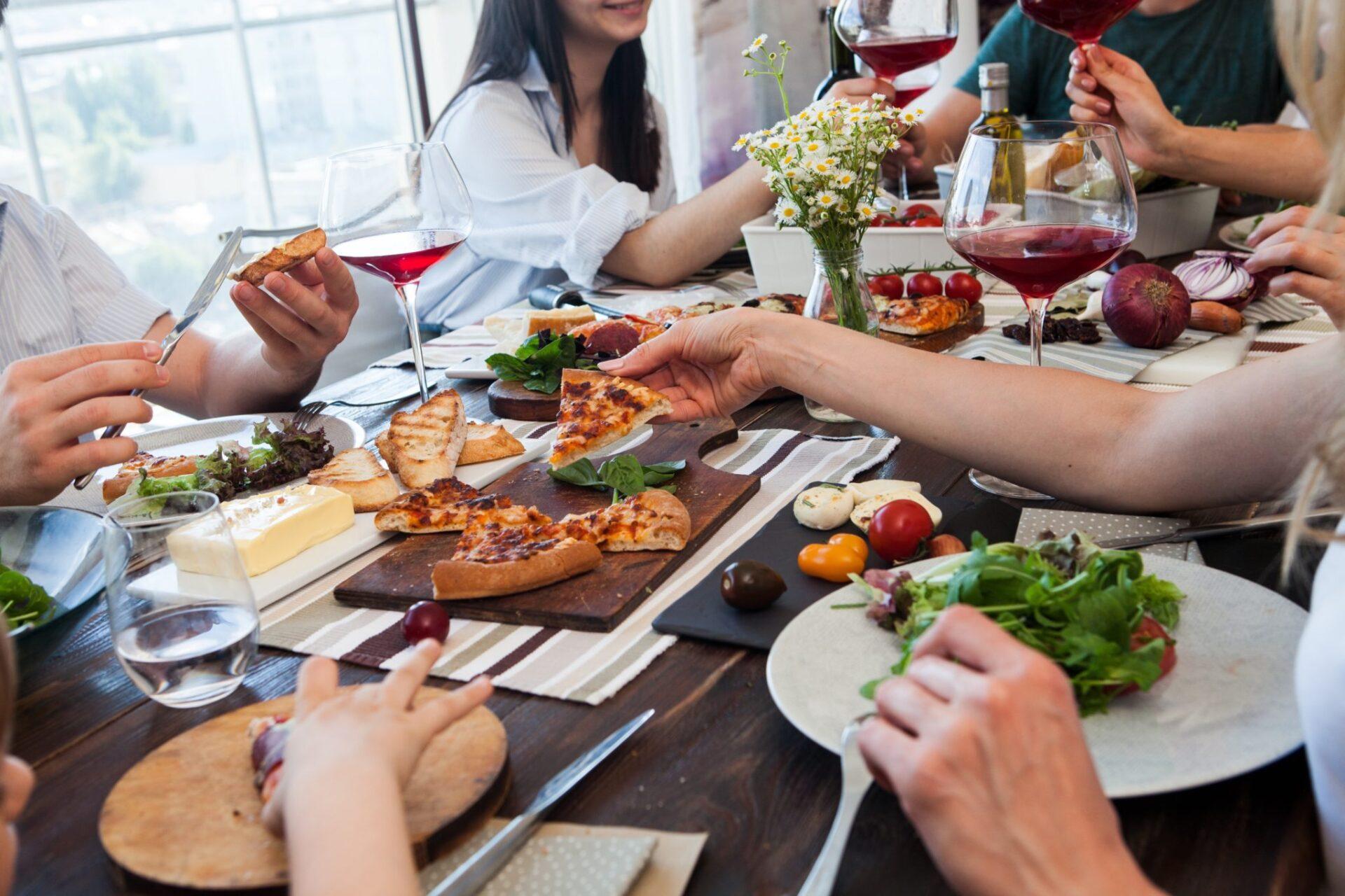 気をつけて!マスクのルール。シンガポールでは外食時に曖昧な部分が。   SingaLife    在シンガポール日本人向けのフリーマガジン。グルメ、習い事、ビジネス、教育など充実の内容満載のウェブサイト
