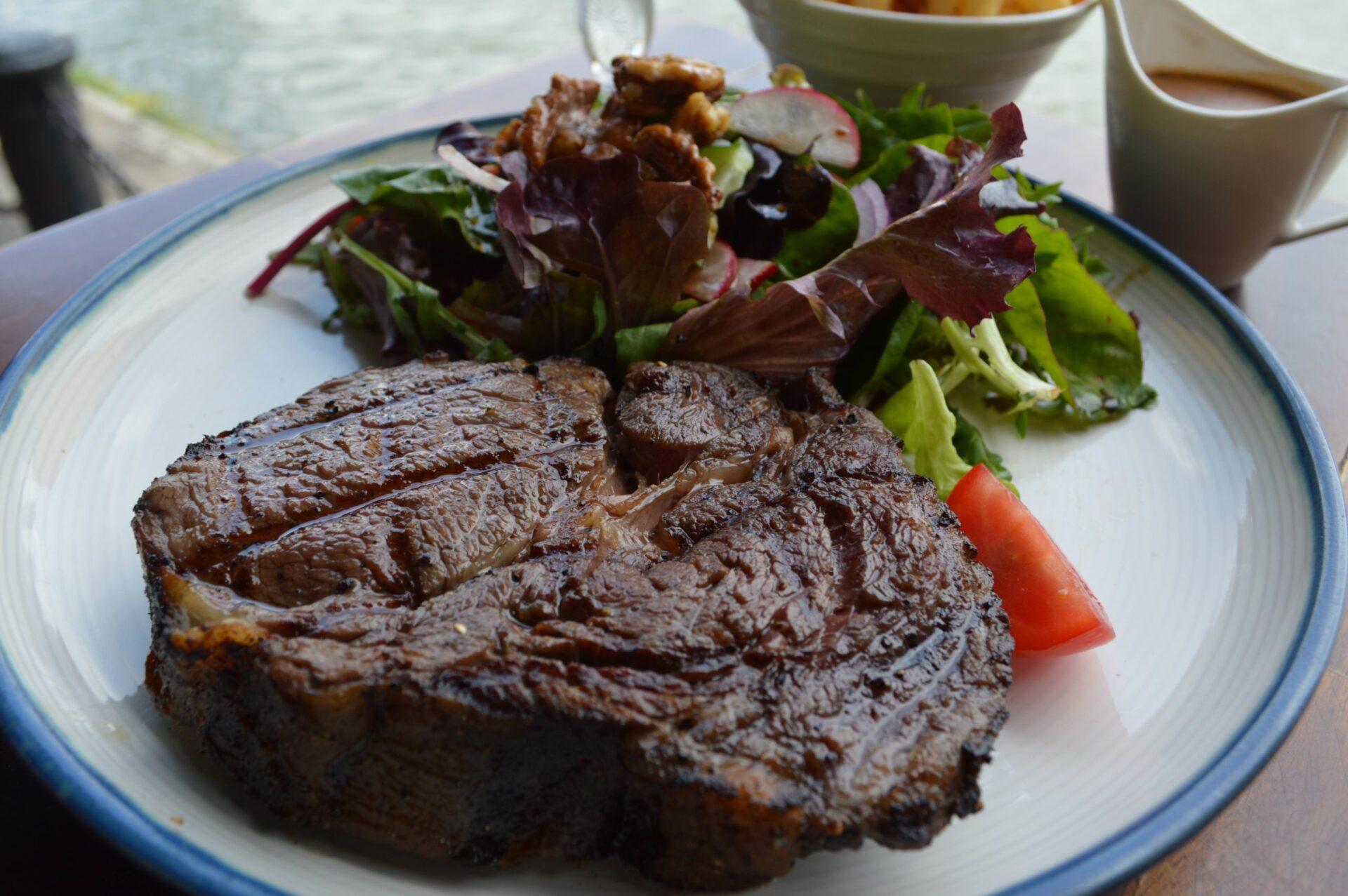 <読者限定ステーキ+ビールが$38>ボートキーの特等席で楽しむ 肉好きにはたまらない満足感100%のステーキ