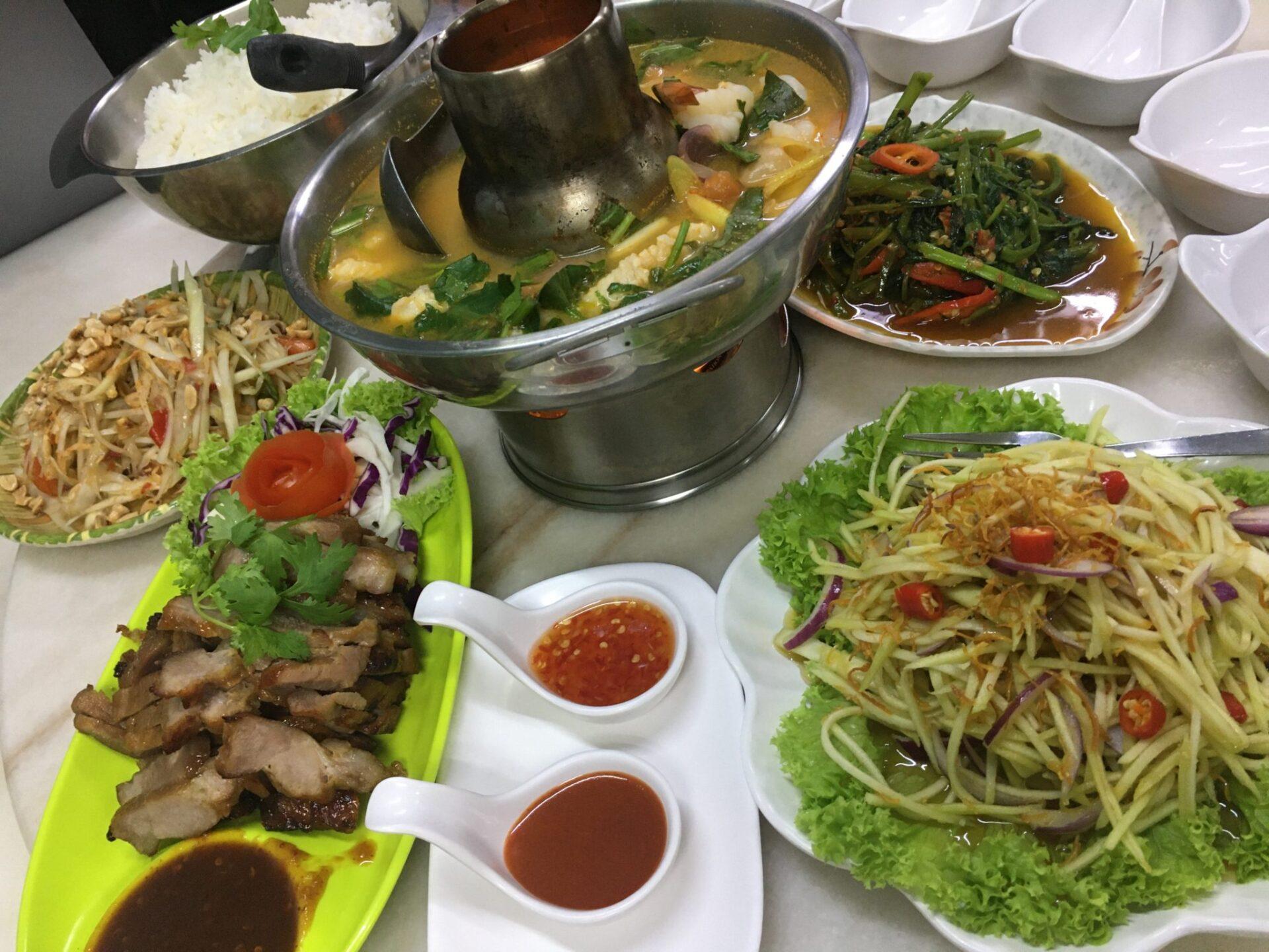 シンガポールのリトルタイ「ゴールデンマイル」で、本場タイ料理を楽しむ♪