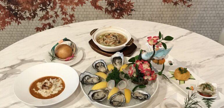 75年の歴史を持つシンガポールの老舗ロングビーチシーフードレストラン。デンプシーヒルで優雅にチリクラブ&中華を