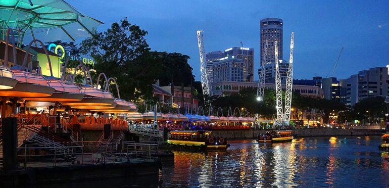 シンガポールのオン・イエクン保健相が、7月12日から外食の人数制限緩和の意向を示す