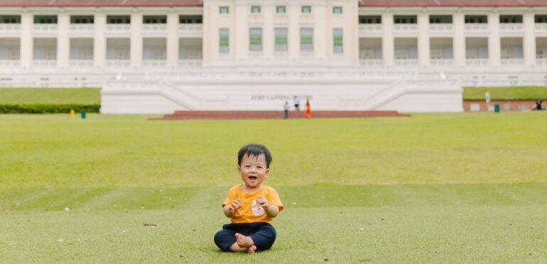 子どもの笑顔を自然に引き出す「Firefly Photography」。大切な記念撮影でも安心して任せられるシンガポールの写真スタジオ