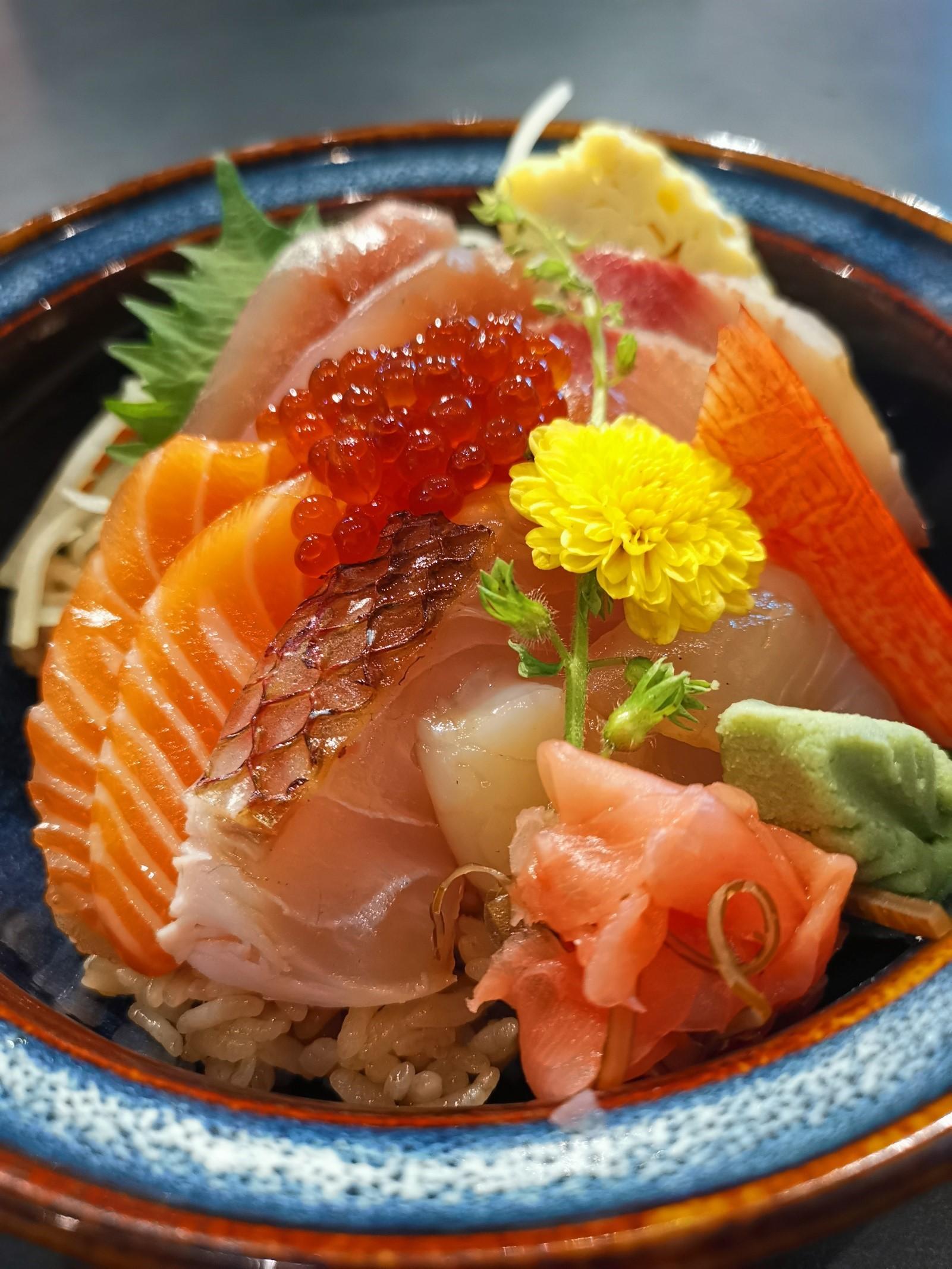 お寿司屋さん『平和』