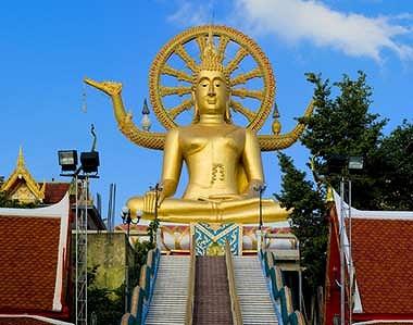 サムイ島のシンボルとなる黄金の大仏像ビッグ・ブッダ