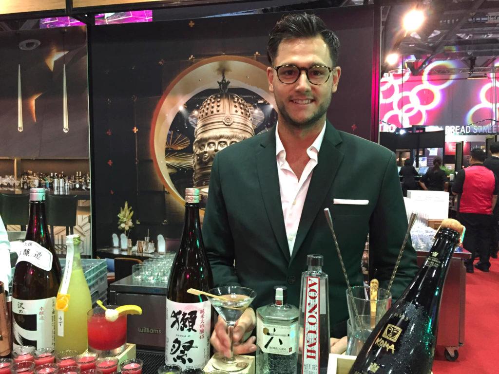 創作和食レストラン&寿司バー「KOMA」
